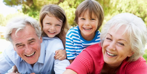 Les-grands-parents - baby sitting lutte contre alzheimer